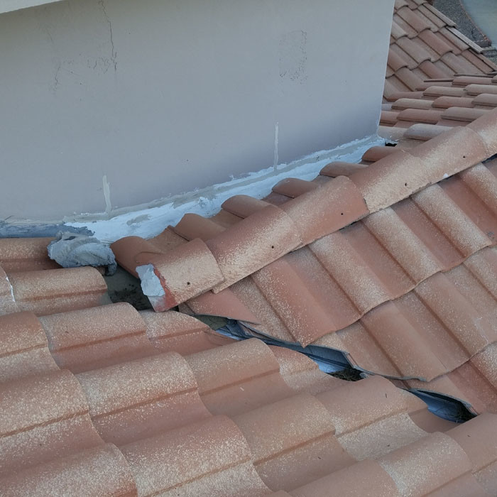 Tile Roof Problem - Roof Tiles Sliding Out Of Place (2)