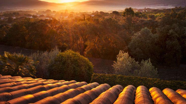 How Long Do Tile Roofs Last